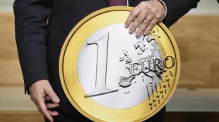 La Unión Europea recaudaría cada año cerca de 170.000 millones de euros de ingresos fiscales suplementarios si la tasa mínima mundial de Impuesto a las sociedades (IS) negociado bajo dirección de la OCDE, se fijara en 25%, según un estudio