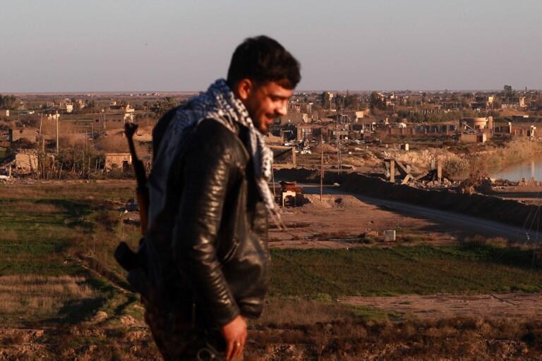 Un membre des Forces démocratiques syriennes (FDS) à Hajin, dans la province de Deir Ezzor, mi-décembre 2018.