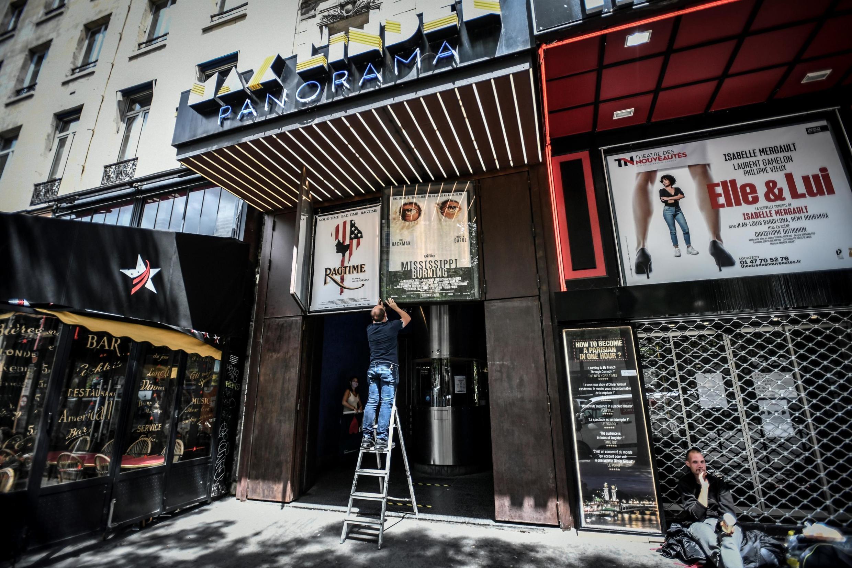 Le cinéma Max Linder à paris prépare sa réouverture fixée au 22 juin 2020.
