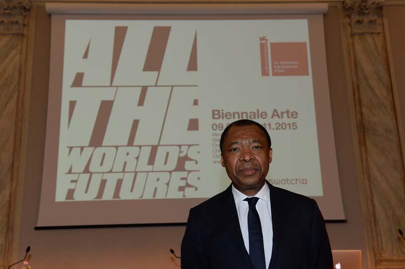Okwui Enwezor, le commissaire de la Biennale de Venise 2015.