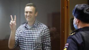 俄罗斯反对派领导人阿列克谢·纳瓦尼2021年2月20日在莫斯科出庭。