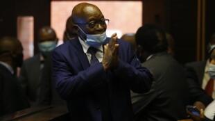 El expresidemnte sudafricano Jacob Zuma al llegar a su proceso por corrupciõn en Pietermaritzburg, el 17 de mayo de  2021