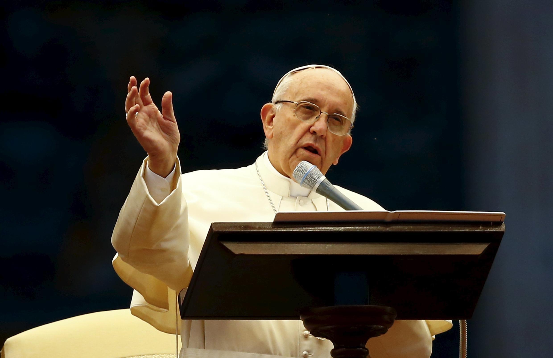 """Papa Francisco disse que divorciados não podem ser """"condenados para sempre""""."""
