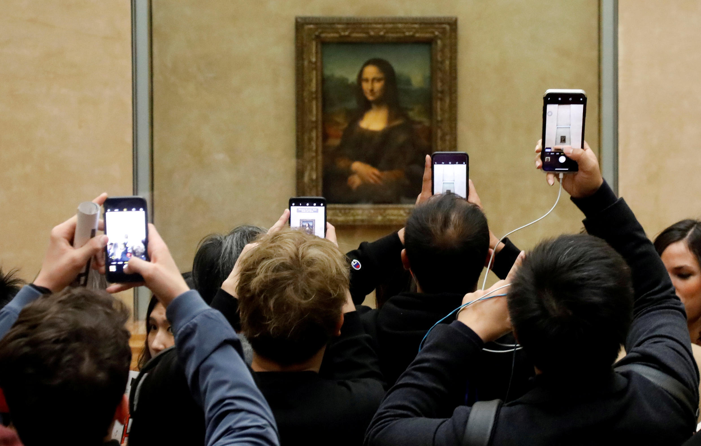 "Bức tranh ""Mona Lisa"" (La Joconde) của Leonardo Da Vinci tại viện bảo tàng Louvre, Paris. Ảnh chụp ngày 3/12/2018."