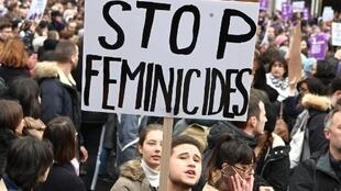 Manifestação contra violência contra as mulheres. Paris, 23 de Novembro de 2019.