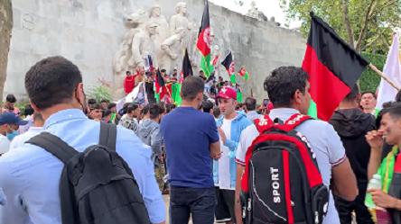 manifestation des Afghans à Paris