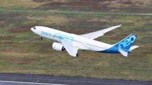 首架全新空客A330-800试飞成功        2018年11月6日