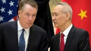 美国贸易代表莱特希泽与中国副总理刘鹤资料图片
