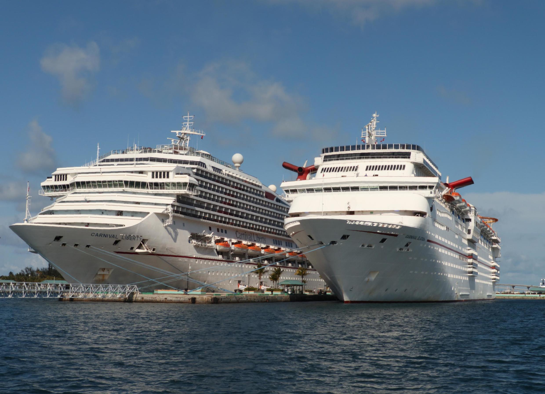 La empresa de cruceros Carnival Cruise Lines se convirtió en la primera compañía demandada en tribunales de Estados Unidos.