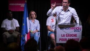 Benoît Hamon s'exprime le 28 août à La Plaine-Saint-Denis, près de Paris.