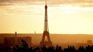 69% жителей Парижа и его пригородов хотят поменять место жительства.
