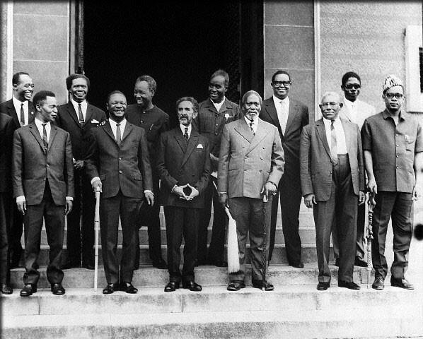 Wasu daga cikin shugabannin Afrika da suka kafa kungiyar kasashen nahiyar OAU birnin Addis Ababa na Habasha a shekarar 1963, ciki har da shugaban kasar Ghana Kwame Nkrumah da kuma shugaban Habasha a waccan lokaci, Sarkin Sarakuna Haile Selassie na 1.