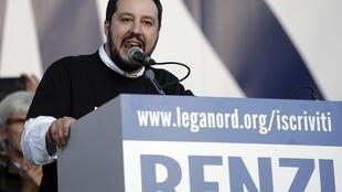 Le leader de la Ligue du Nord, Matteo Salvani, durant son discours le 28 février 2015.