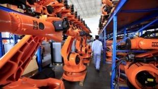 Une usine de robots à Shanghai, en Chine.
