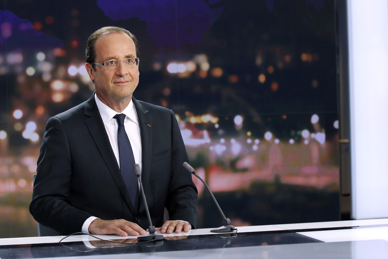 Франсуа Олланд перед телеинтервью 29 мая