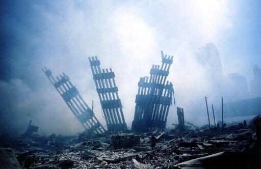 Décombres du World Trade Center après les attaques du 11-Septembre.
