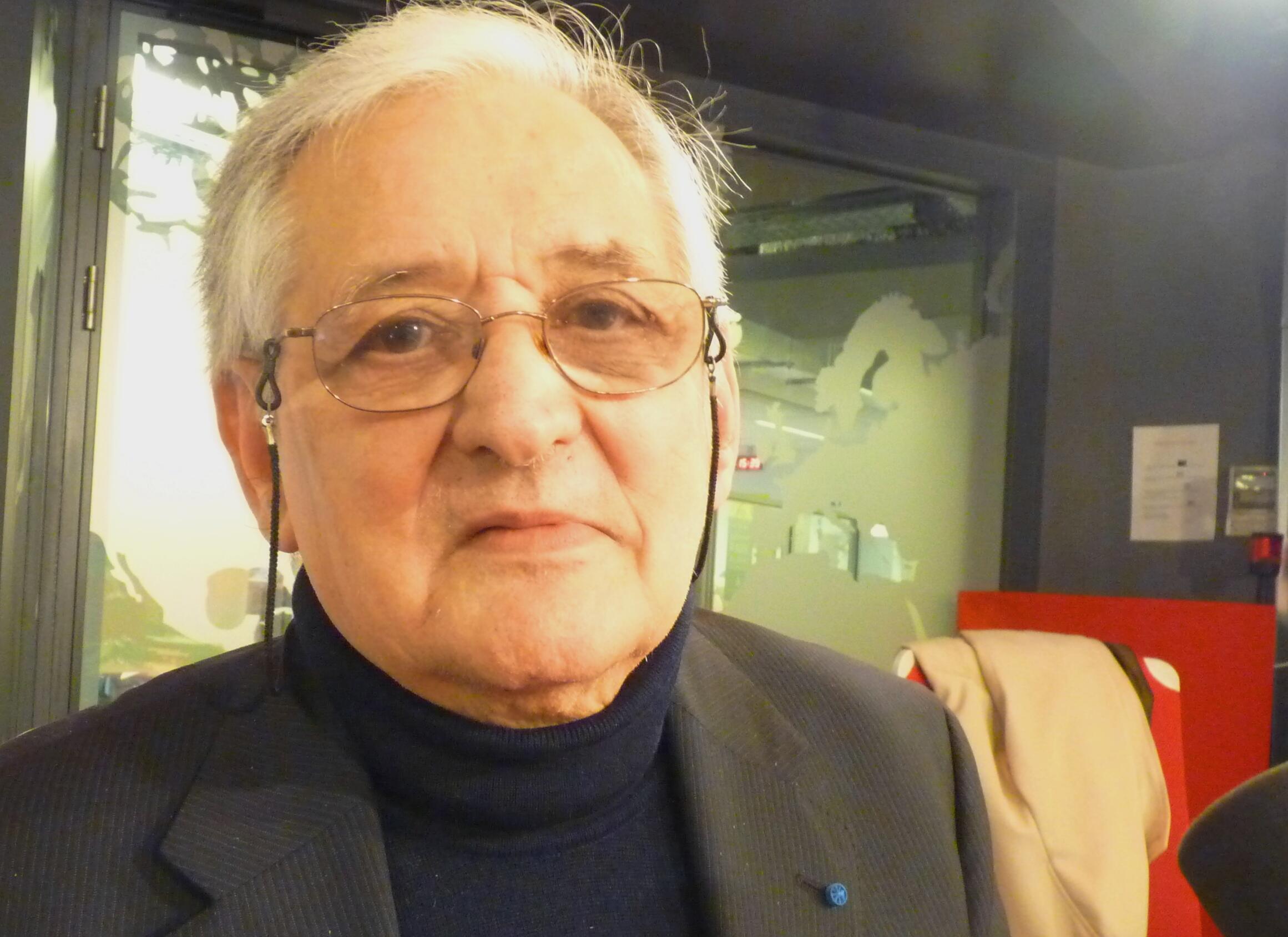 El escritor francés Michel del Castillo en los estudios de RFI.