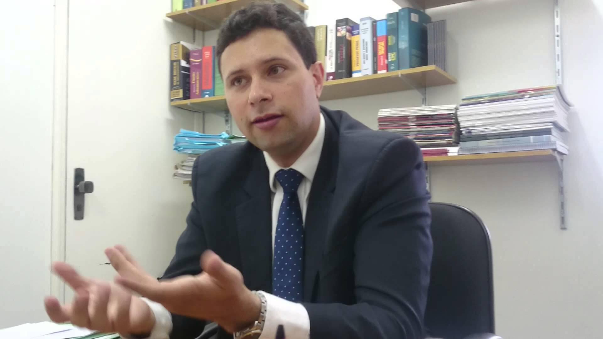 O promotor de justiça Guilherme de Sá Meneghin