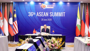 2020-06-26T032058Z_1840615706_RC2RGH97METO_RTRMADP_3_ASEAN-SUMMIT