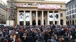 O teatro Odéon, no Quartier Latin, em Paris, foi um dos primeiros invadidos pelos grevistas.