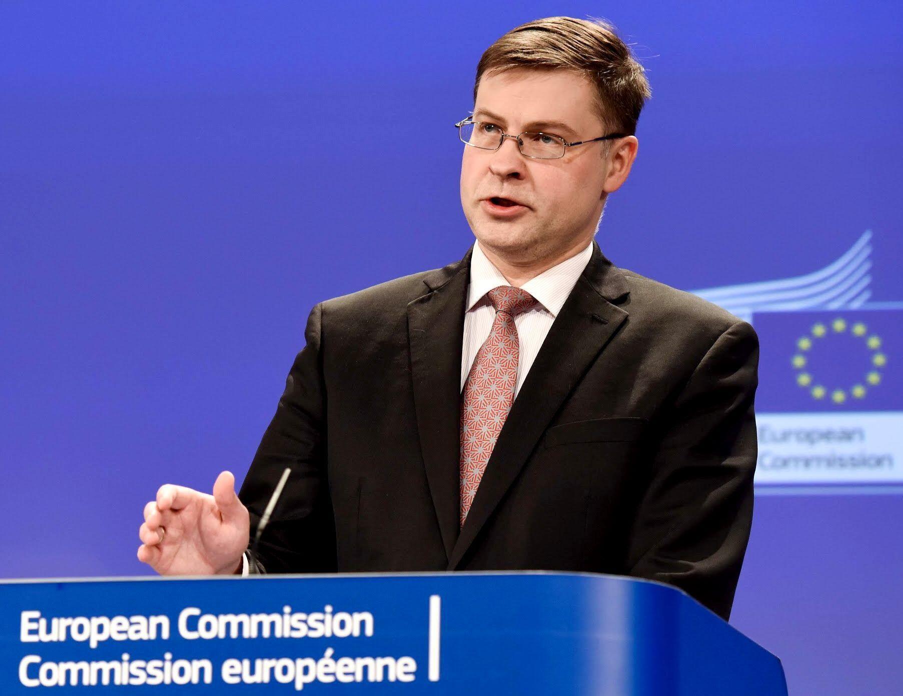 """""""Un número cada vez mayor de países y partes interesadas de la UE subrayan la importancia del desarrollo sostenible en los países del Mercosur"""", dijo el Comisario de Comercio de la UE, Valdis Dombrovskis."""