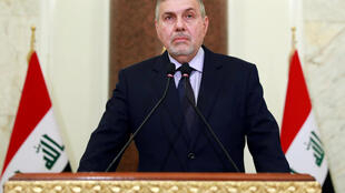 Le nouveau Premier ministre irakien, Mohammed Tawfiq Allawi, prononce un discours télévisé à Bagdad, en Irak, le 1er février 2020.