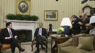 Tổng thống Mỹ Barack Obama và Chủ tịch Việt Nam Trương Tấn Sang gặp báo chí tại Phòng Bầu dục trong Nhà Trắng (Washington DC) ngày 25/07/2013.