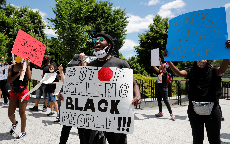 2020-05-31T165313Z_847440445_RC2SZG9LZB9W_RTRMADP_3_MINNEAPOLIS-POLICE-PROTESTS-WASHINGTON