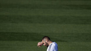 Real Madrid's Karim Benzema gestures during a training session at the team's training grounds outside Madrid, Spain, in this November 7, 2015 file photo. Picture taken November 7, 2015.