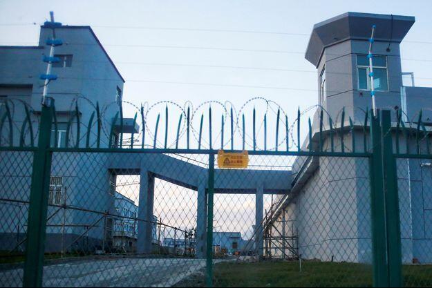 Les-camps-de-concentration-pour-les-Ouighours-Des-simples-centres-de-formation-selon-la-Chine