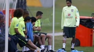 Jogadores da seleção receberam nesta terça-feira a visita de uma psicóloga na concentração.