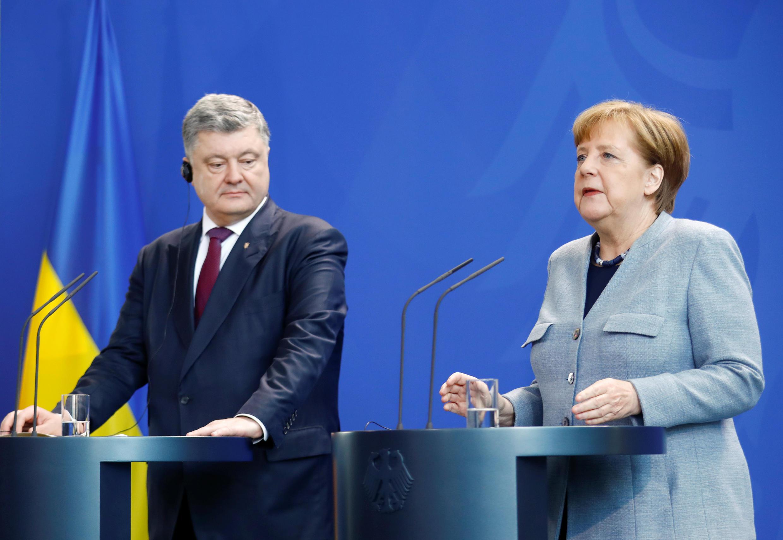 Фото со встречи Петра Порошенко и Ангелы Меркель. 10.04.2018