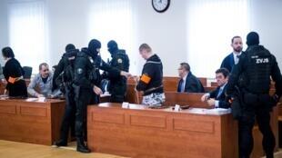 Le prcoès du meurtre du journaliste Jan Kuciak et de sa compagne Martina Kusnirova s'est ouvert le 19 décembre 2019 près de Bratislava.