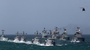 ارتش ونزوئلا برای حفاظت از نفتکش های ایران در مقابل آمریکا به حال آماده باش درآمد