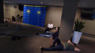 Des journalistes attendent dans la salle de presse du Premier ministre Malcolm Turnbull, le 1er juillet.