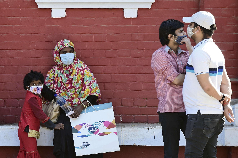 Inde coronavirus rue masque