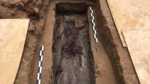 La tumba del general Charles-Étienne Gudin de la Sablonnière se ha estado buscando durante muchos años.