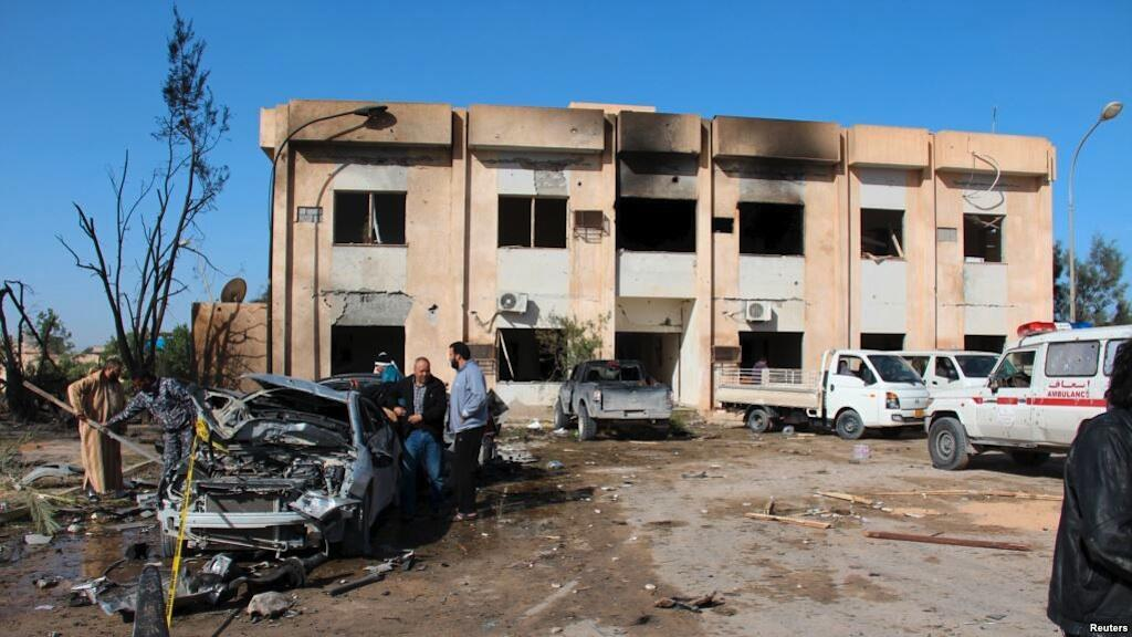 Shambulizi dhidi ya kituo cha mafunzo chaa polisi katika mji wa Zliten, Libya, Januari 7, 2015.