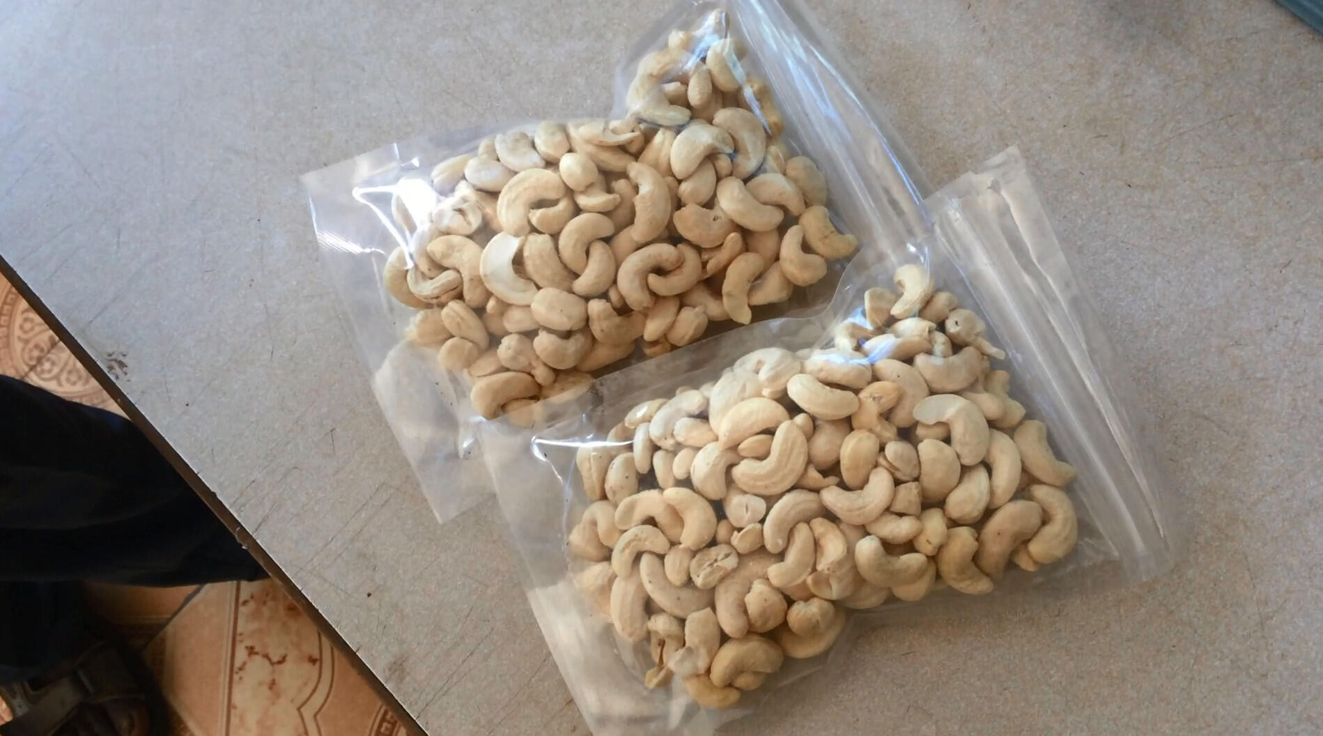 The final product - vacuum packed cashew nuts.