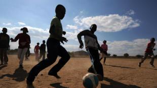 Partout dans le monde, le sport peut être un vecteur de paix et d'éducation.
