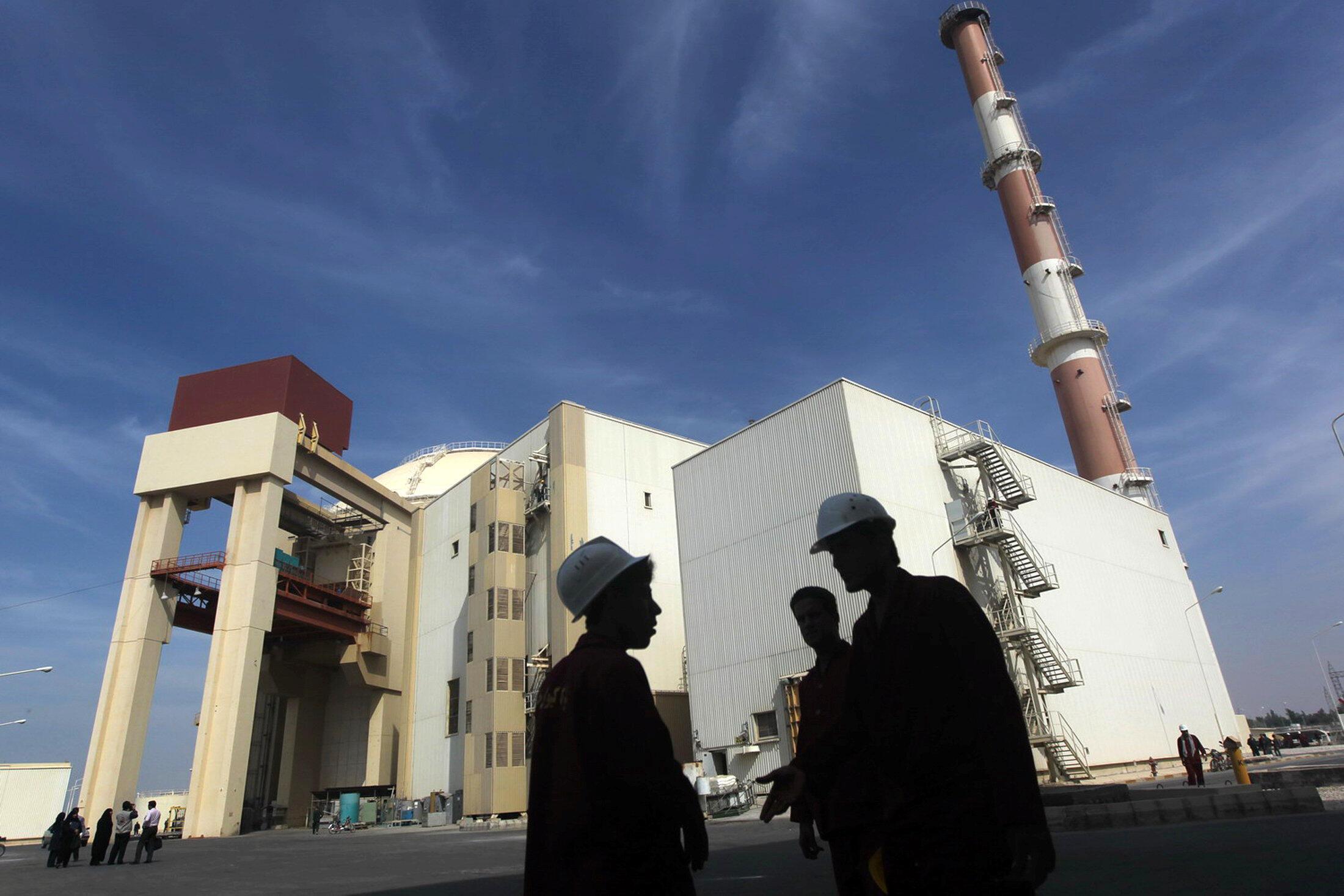 Tại nhà máy điện nguyên tử Iran Bushehr, 26/10/2010.