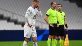 La déception du milieu de Marseille, Mickael Cuisance, après la défaite à domicile face à Porto en match de groupes de la Ligue des champions, le 25 novembre 2020