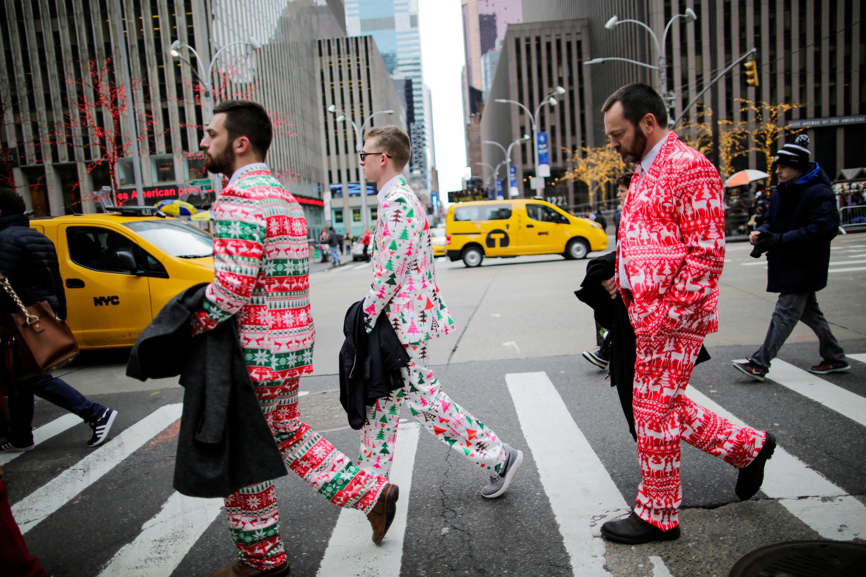 紐約街頭聖誕裝扮的人們