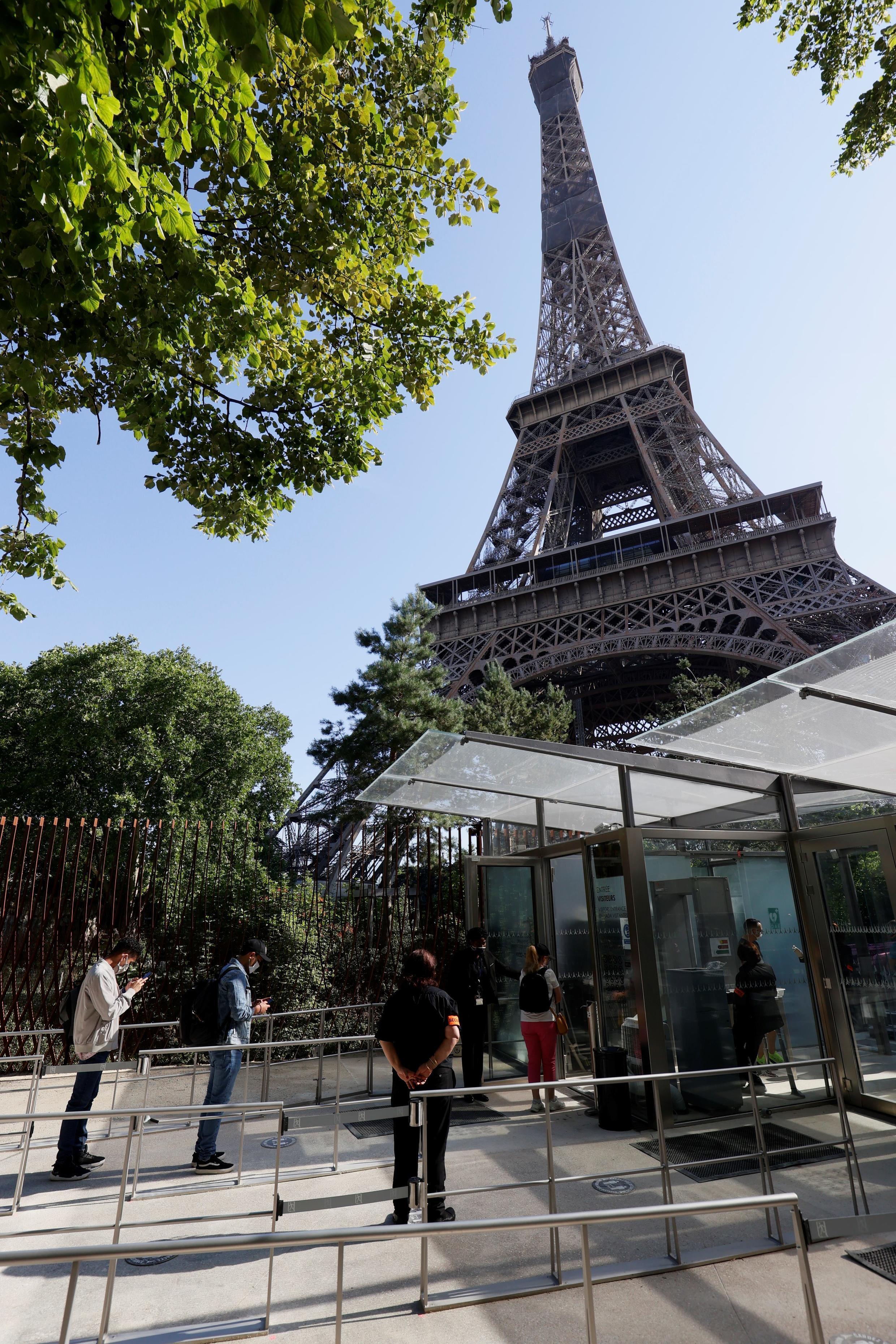 Reabertura da Torre Eiffel. 25/06/20