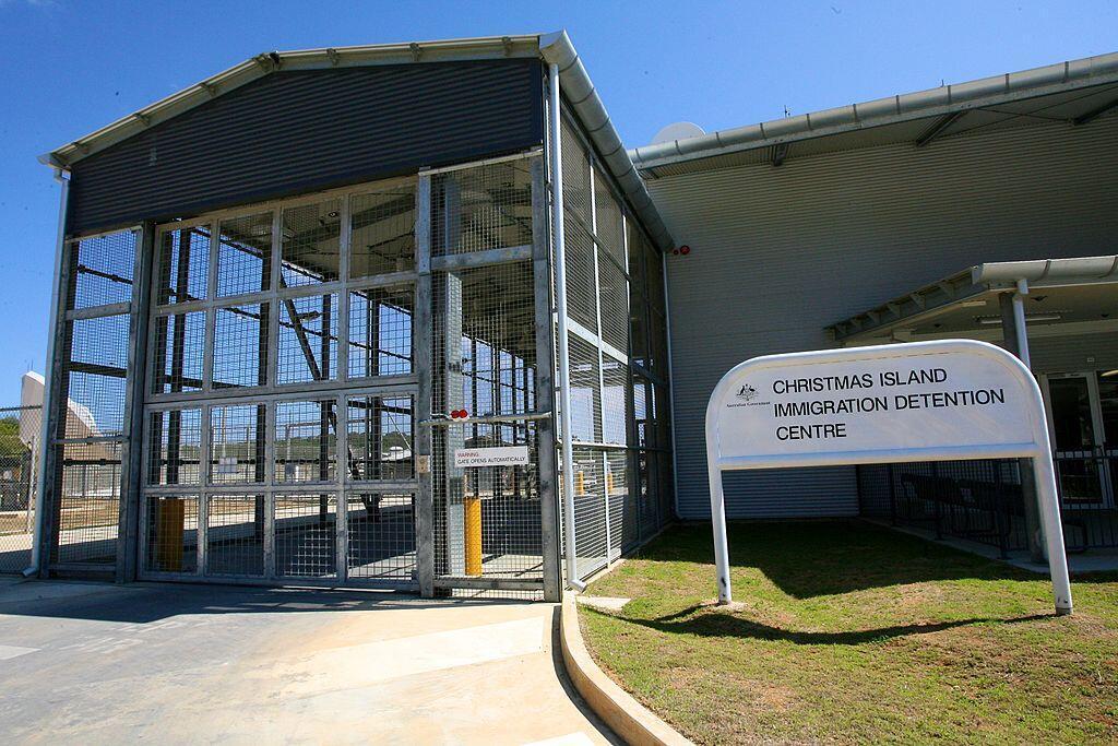 Trung tâm giam giữ người nhập cư trái phép vào Úc trên đảo Christmas