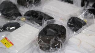 بستههای حاوی کوکائین که توسط پلیس دوسلدورف کشف شد