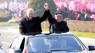 金正恩周日在平壤國際機場迎接古巴總統卡內爾