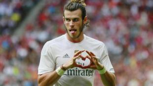 Gareth Bale ya zira kwallo a ragar tsohuwar kungiyar shi Tottenham inda Real Madrid ta samu nasara da ci 2-0