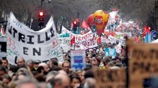 Thousands demonstrtaed across France on 9 January, the 36th consecutive day of strike against the government's pensions reform plans
