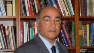 رسول نفیسی، استاد جامعه شناسی توسعه در دانشگاه استرایر ویرجینیا و پژوهشگر علوم سیاسی